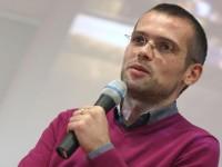 Adelin Petrisor, invitat de seama la Seratele Jurnalistice